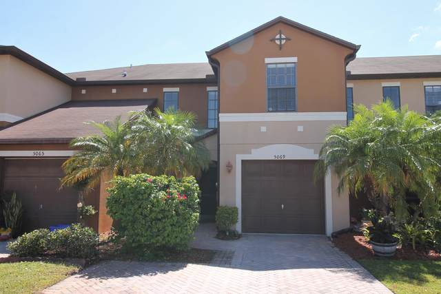 5069 NW Coventry Circle, Port Saint Lucie, FL 34986 (#RX-10621706) :: Ryan Jennings Group