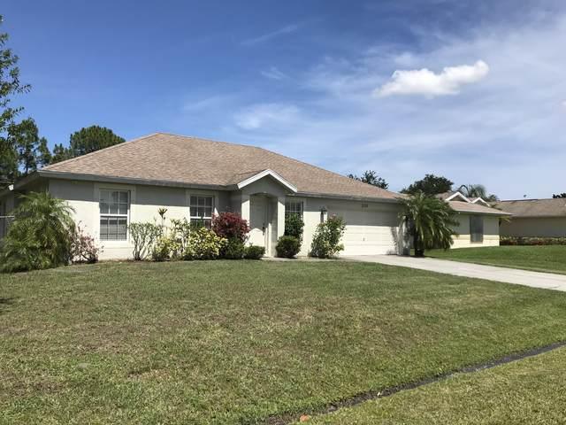 2125 SW Trenton Lane, Port Saint Lucie, FL 34984 (#RX-10623026) :: Ryan Jennings Group