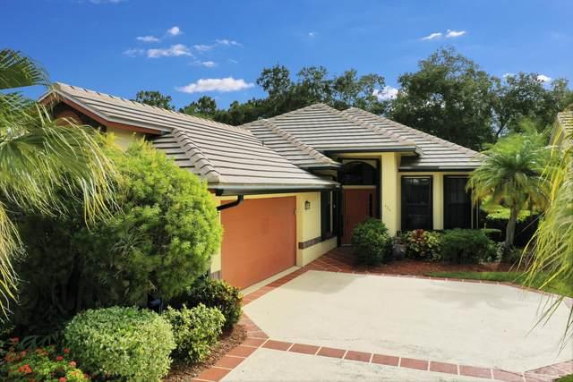 424 SW Monroe Drive, Port Saint Lucie, FL 34986 (#RX-10623245) :: The Reynolds Team/ONE Sotheby's International Realty