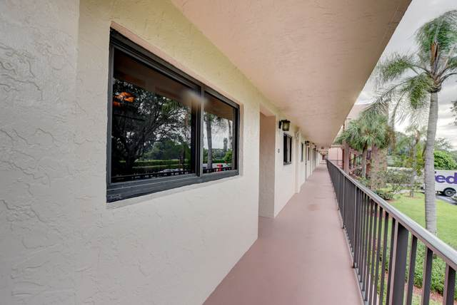 15461 Pembridge Drive #203, Delray Beach, FL 33484 (#RX-10624177) :: Dalton Wade
