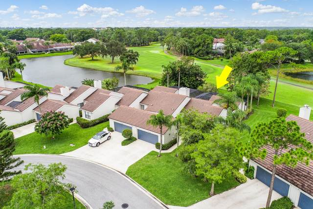 18 Edinburgh Drive, Palm Beach Gardens, FL 33418 (#RX-10624296) :: Ryan Jennings Group