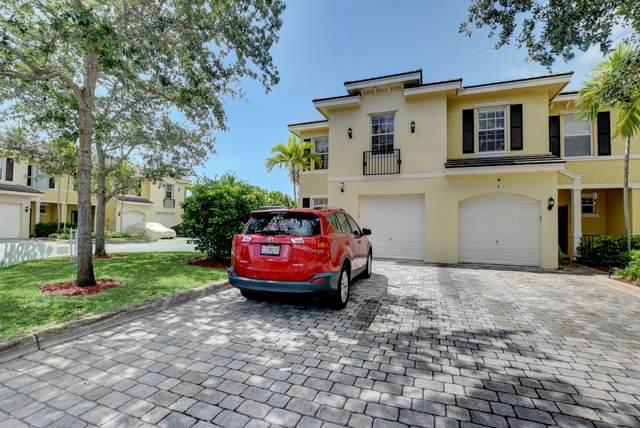 7 Largo Way, Boynton Beach, FL 33426 (#RX-10624676) :: Ryan Jennings Group