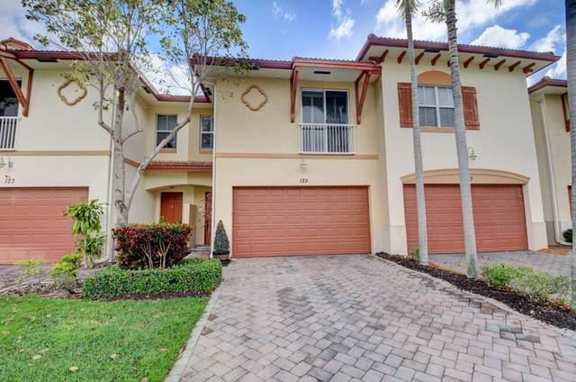 125 E Prive E Circle E, Delray Beach, FL 33445 (#RX-10625185) :: The Reynolds Team/ONE Sotheby's International Realty