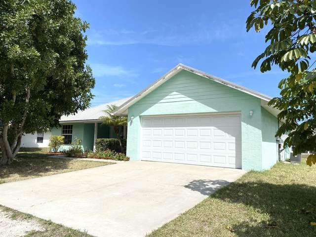 2126 86th Court, Vero Beach, FL 32966 (MLS #RX-10625187) :: Castelli Real Estate Services