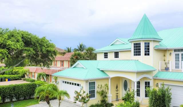 1012 Del Harbour Drive, Delray Beach, FL 33483 (#RX-10625495) :: Posh Properties