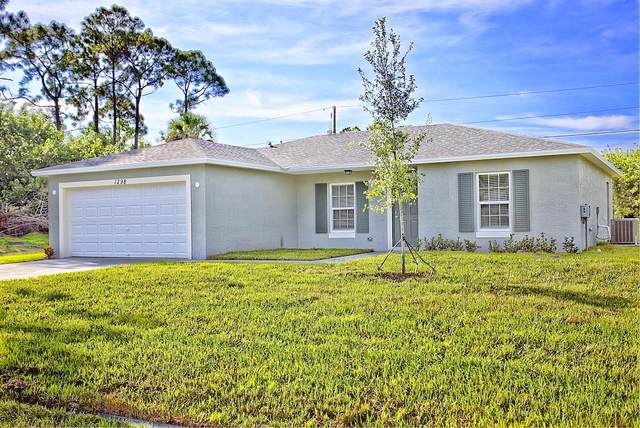 142 NW Dorchester Street, Port Saint Lucie, FL 34983 (#RX-10626122) :: Ryan Jennings Group