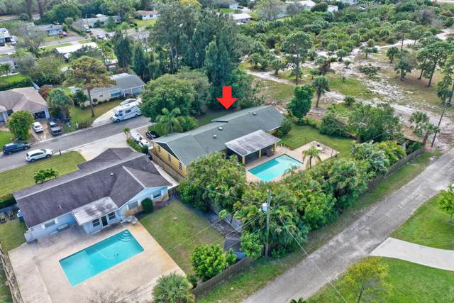 9005 SE Bobwhite Street, Hobe Sound, FL 33455 (MLS #RX-10626365) :: Castelli Real Estate Services