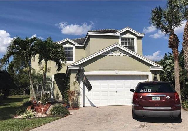 121 Berenger Walk, Wellington, FL 33414 (#RX-10626629) :: Treasure Property Group