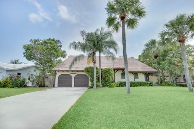 1124 SW 18th Street, Boca Raton, FL 33486 (MLS #RX-10626636) :: Laurie Finkelstein Reader Team
