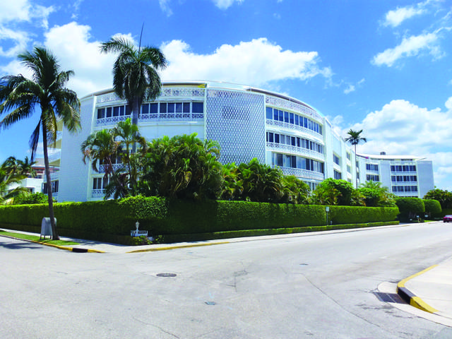 389 S Lake Drive 3D, Palm Beach, FL 33480 (#RX-10626844) :: The Rizzuto Woodman Team