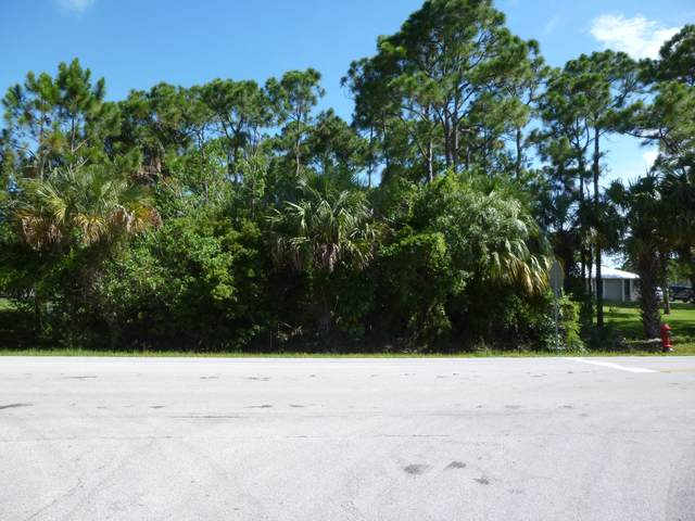 X Easy Street, Fort Pierce, FL 34982 (MLS #RX-10626985) :: Miami Villa Group