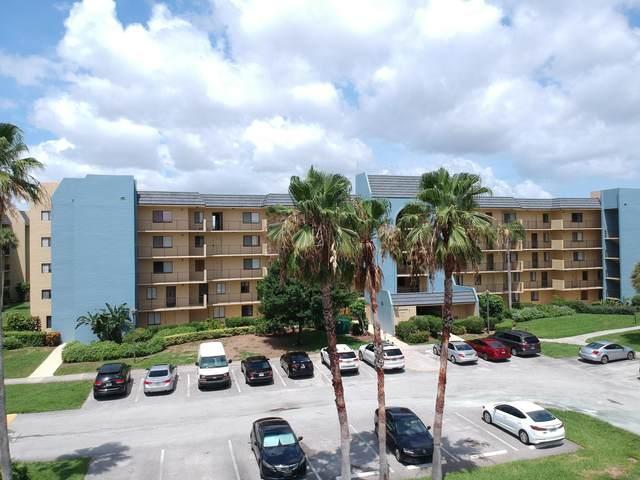 2820 Tennis Club Drive #202, West Palm Beach, FL 33417 (#RX-10627027) :: Posh Properties