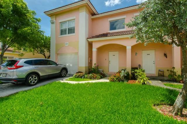 328 Talia Circle, Palm Springs, FL 33461 (#RX-10627038) :: Ryan Jennings Group