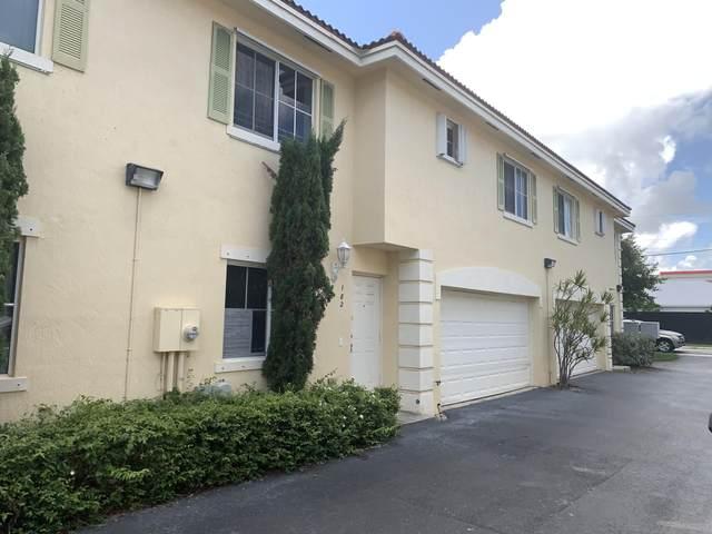 182 SE 2nd Street, Deerfield Beach, FL 33441 (#RX-10627187) :: Ryan Jennings Group