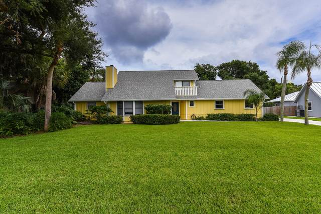 11046 Oak  Way Circle, Palm Beach Gardens, FL 33410 (#RX-10627307) :: Dalton Wade