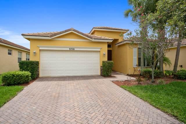 9720 SW Lindale Trace Boulevard, Port Saint Lucie, FL 34987 (#RX-10627566) :: Ryan Jennings Group