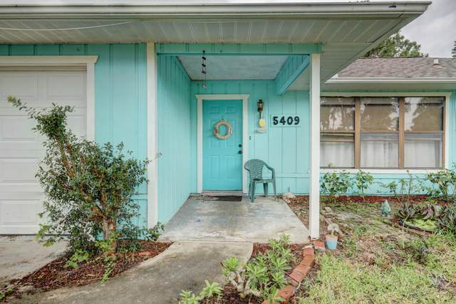 5409 Birch Road, Fort Pierce, FL 34982 (#RX-10627772) :: Dalton Wade