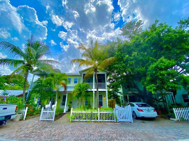 516 SW California Avenue, Stuart, FL 34994 (MLS #RX-10627778) :: The Jack Coden Group