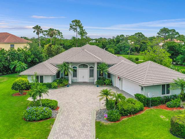 284 SW Squire Johns Lane, Palm City, FL 34990 (#RX-10627815) :: Ryan Jennings Group