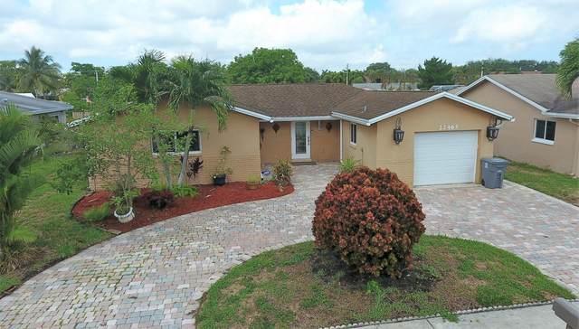 22465 SW 65th Avenue, Boca Raton, FL 33428 (MLS #RX-10627991) :: The Paiz Group