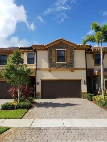 12310 S Village Circle, Davie, FL 33325 (MLS #RX-10628056) :: The Paiz Group