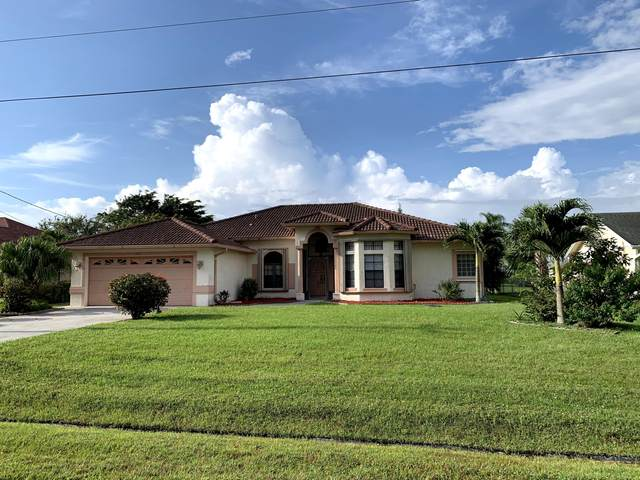 1489 SE Berkshire Boulevard, Port Saint Lucie, FL 34952 (MLS #RX-10628118) :: The Paiz Group