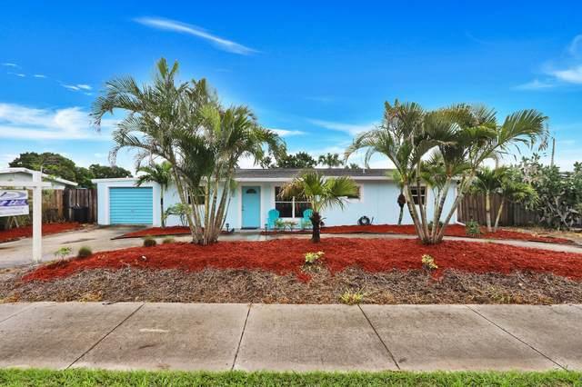 2811 NE Savannah Road, Jensen Beach, FL 34957 (MLS #RX-10628452) :: Castelli Real Estate Services