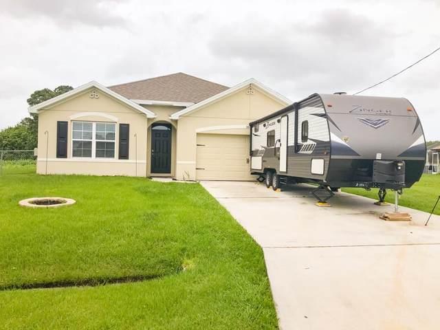 6872 NW Hogate Circle, Port Saint Lucie, FL 34983 (MLS #RX-10628754) :: Berkshire Hathaway HomeServices EWM Realty