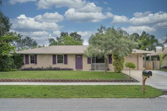 1016 Palama Way, Lantana, FL 33462 (MLS #RX-10628796) :: Berkshire Hathaway HomeServices EWM Realty