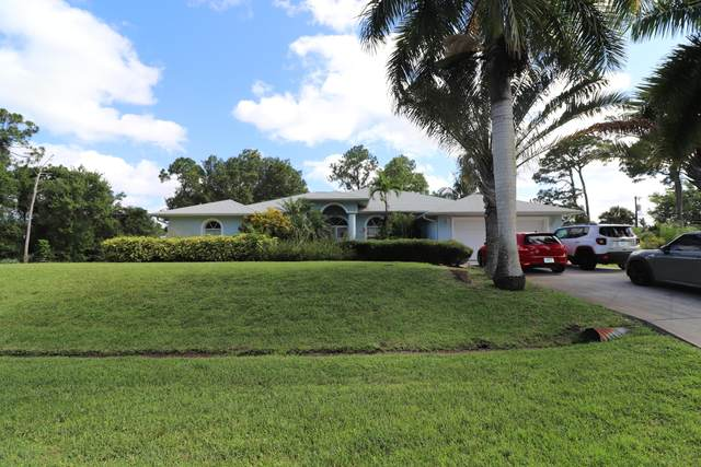 1090 SE Shakespeare Avenue, Port Saint Lucie, FL 34983 (MLS #RX-10630193) :: Berkshire Hathaway HomeServices EWM Realty