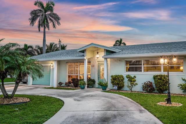 131 Cascade Lane, Palm Beach Shores, FL 33404 (#RX-10630395) :: Ryan Jennings Group
