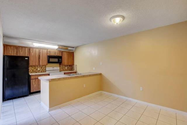 102 1st Way, West Palm Beach, FL 33407 (MLS #RX-10630521) :: Castelli Real Estate Services