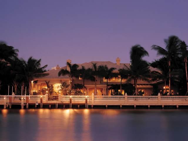 2401 Spanish River Road, Boca Raton, FL 33432 (#RX-10630806) :: Michael Kaufman Real Estate