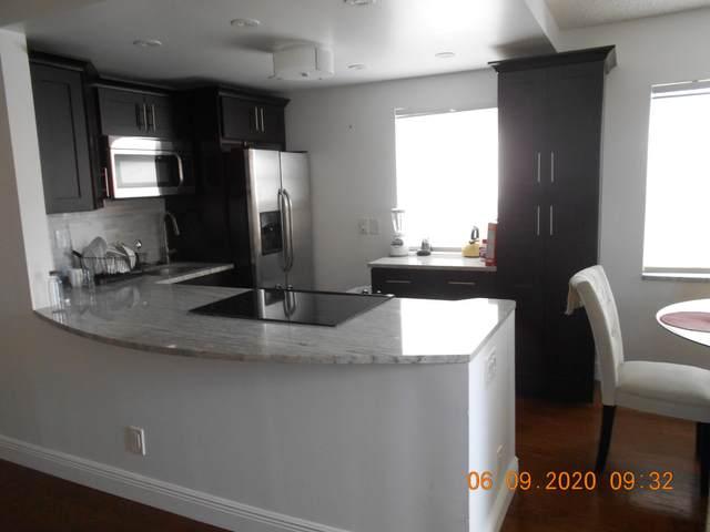 290 Normandy G, Delray Beach, FL 33484 (#RX-10632143) :: Ryan Jennings Group