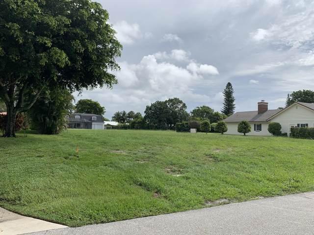 424 Muirfield Drive, Atlantis, FL 33462 (MLS #RX-10633307) :: Berkshire Hathaway HomeServices EWM Realty