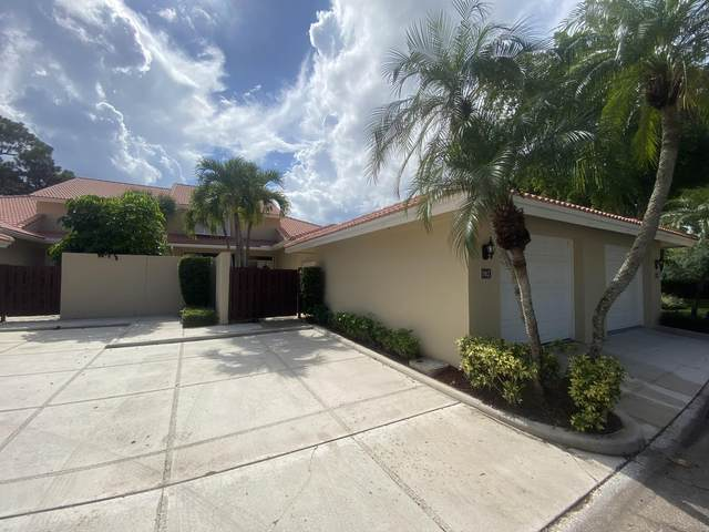 102 Old Meadow Way, Palm Beach Gardens, FL 33418 (#RX-10633313) :: Ryan Jennings Group