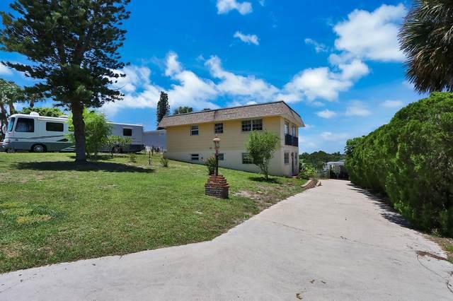 1265 NE Oceanview Circle, Jensen Beach, FL 34957 (MLS #RX-10633686) :: The Jack Coden Group