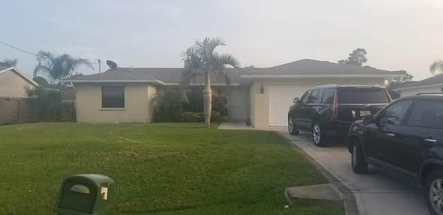 1064 SW Dalton Avenue, Port Saint Lucie, FL 34953 (#RX-10634256) :: Ryan Jennings Group