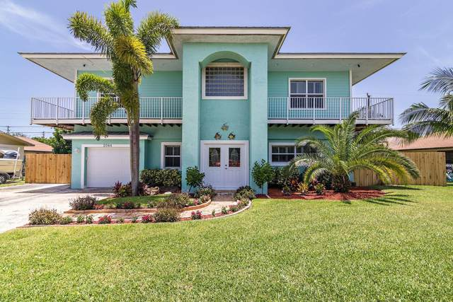 2044 S Suzanne Circle, North Palm Beach, FL 33408 (#RX-10634654) :: Ryan Jennings Group