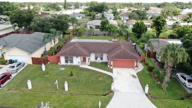 109 NE Surfside Avenue, Port Saint Lucie, FL 34983 (#RX-10634700) :: Ryan Jennings Group