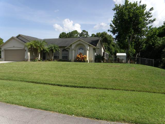 302 SW Buswell Avenue, Port Saint Lucie, FL 34983 (#RX-10635077) :: Ryan Jennings Group