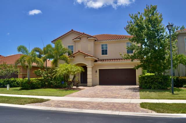 10644 Ivanhoe Lane, Wellington, FL 33414 (#RX-10635207) :: Real Estate Authority
