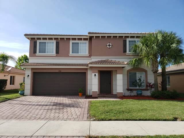 2086 SW Newport Isles Boulevard, Port Saint Lucie, FL 34953 (MLS #RX-10635421) :: The Jack Coden Group