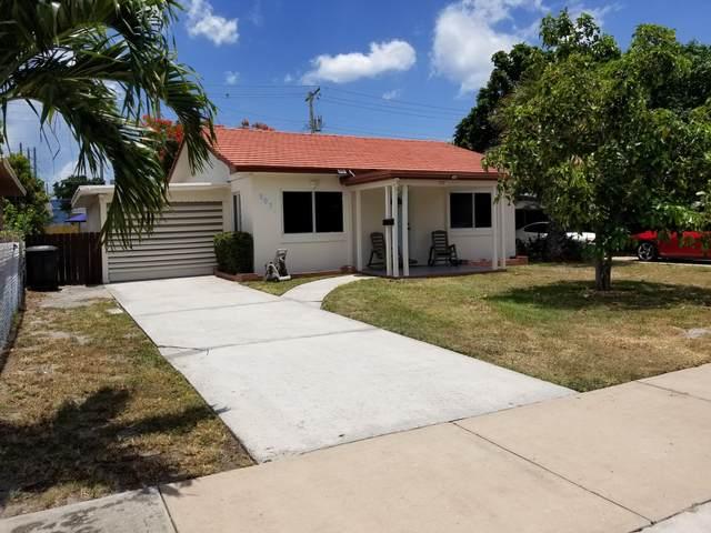507 58th Street, West Palm Beach, FL 33407 (#RX-10635440) :: The Rizzuto Woodman Team