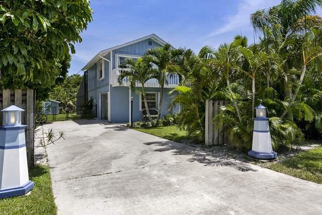 9374 SE Saturn Street, Hobe Sound, FL 33455 (#RX-10635497) :: Ryan Jennings Group