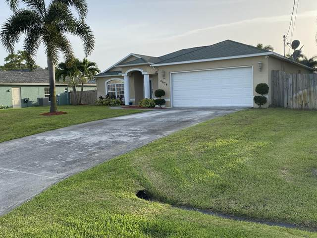 4674 SW Dactyl Street, Port Saint Lucie, FL 34953 (MLS #RX-10635525) :: The Jack Coden Group