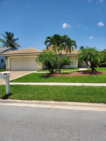 5052 Rosen Boulevard, Boynton Beach, FL 33472 (MLS #RX-10635648) :: Berkshire Hathaway HomeServices EWM Realty