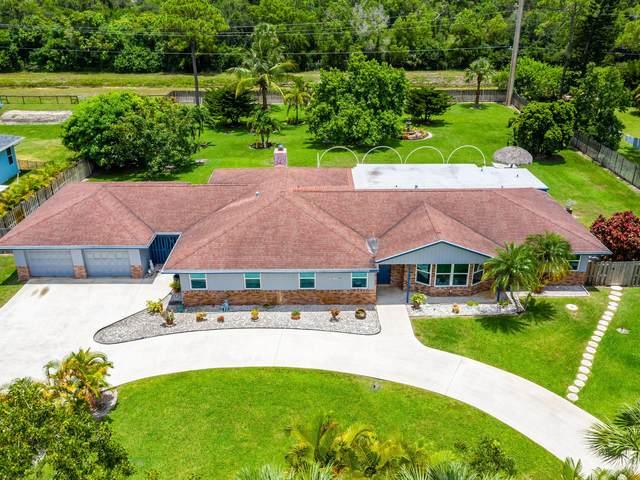 5125 Canal Drive, Lake Worth, FL 33463 (#RX-10635988) :: Ryan Jennings Group