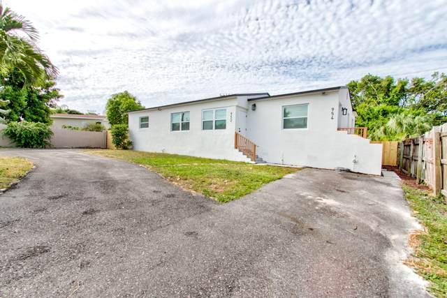 952 42nd Street, West Palm Beach, FL 33407 (#RX-10635991) :: Ryan Jennings Group