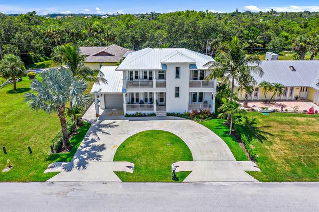 5722 SE Nassau Terrace, Stuart, FL 34997 (MLS #RX-10636034) :: Castelli Real Estate Services